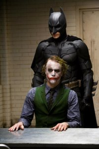 1-the-dark-knight_gallery_primary